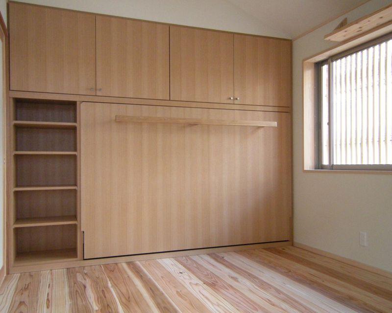 壁面収納ベッド横型閉